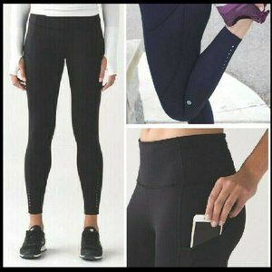 Lululemon Black Fast And Free 7/8 Tights ?